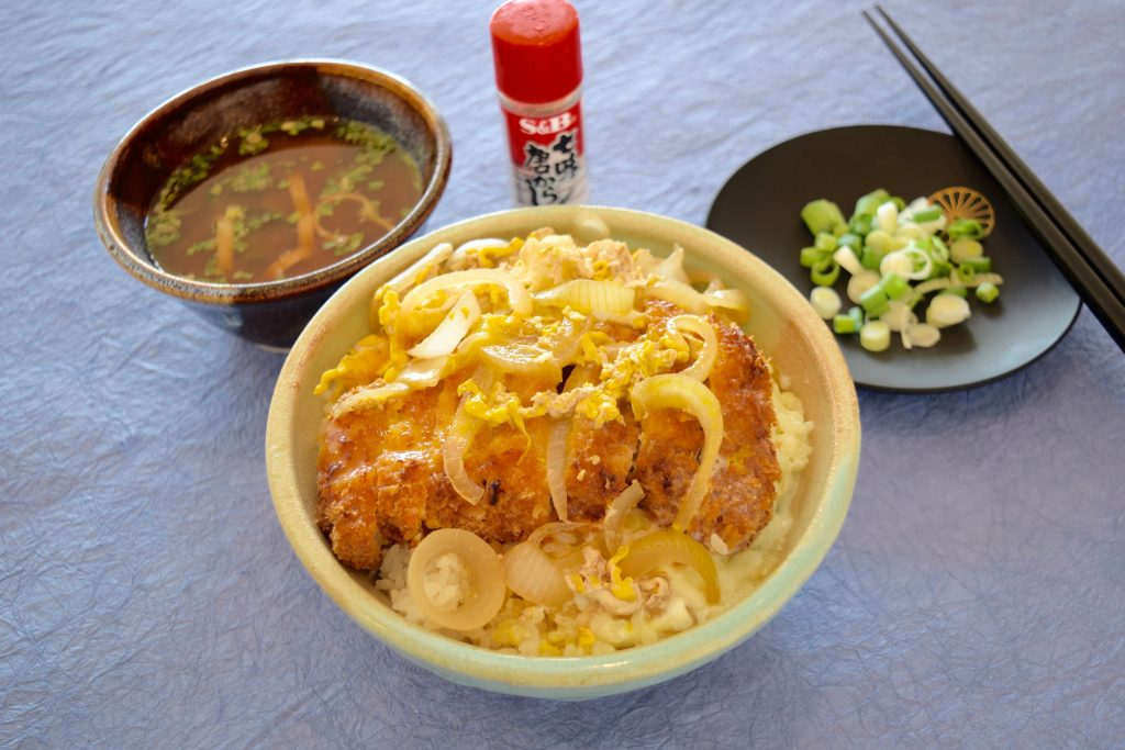 Katsudon (Pork cutlet over rice)