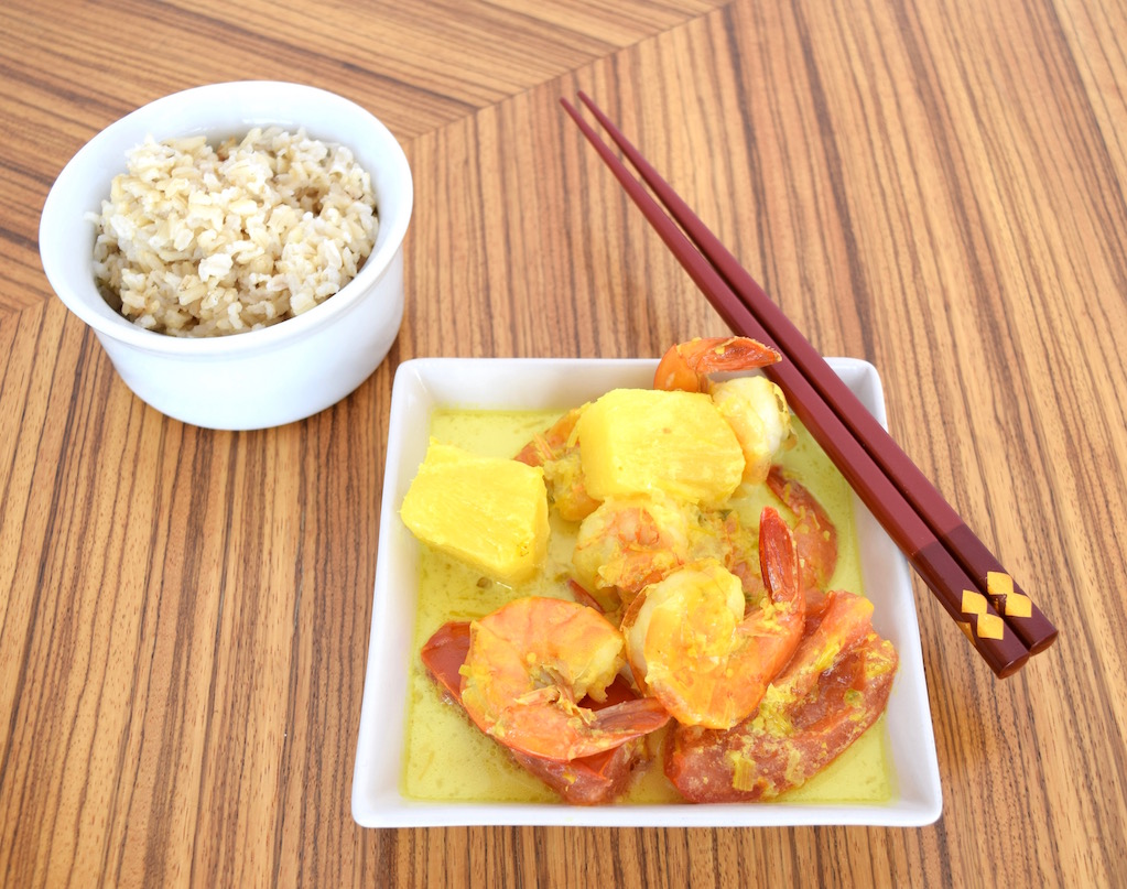 Nyonya Shrimp Curry with Fresh Pineapple and Tomatoes (Udang Masak Nenas)