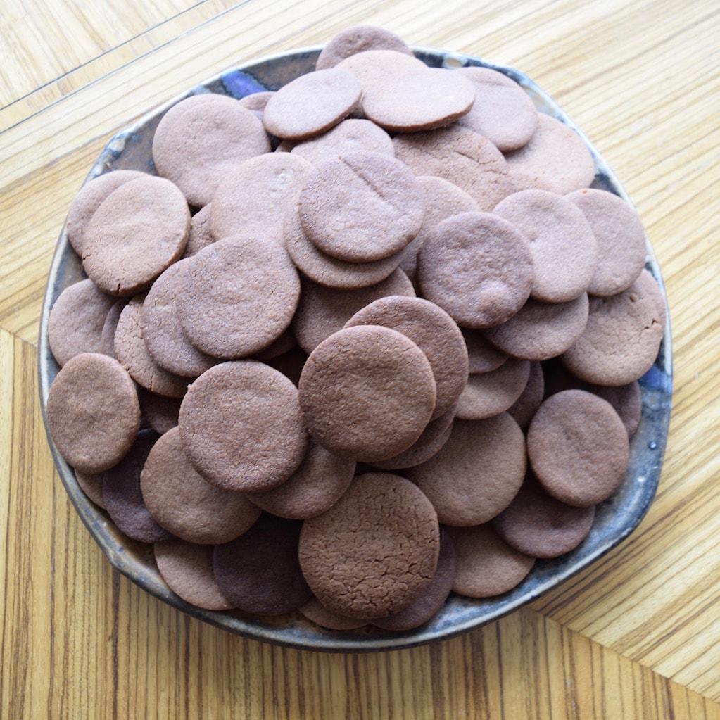 Best cookies ever? Milk-Chocolate Cookies with Malted Cream